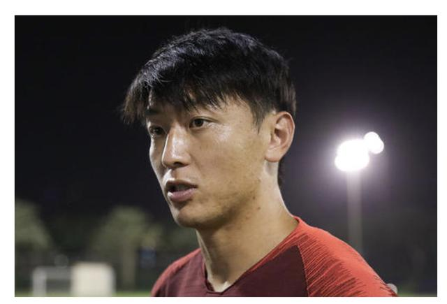 16场0球0助,杨旭期待打开进球账户:换了号码,背开运竹