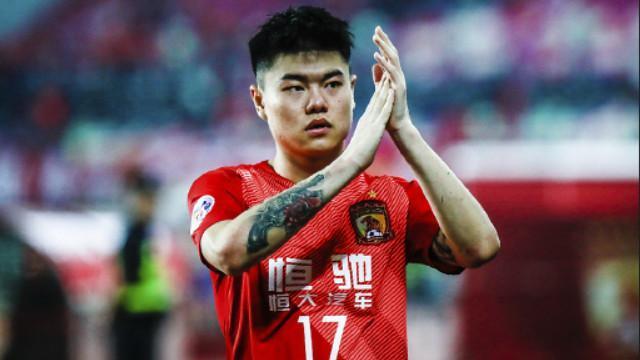 尴尬吗?杨立瑜本轮无缘代表广州队登场,球队却迎来新赛季首胜