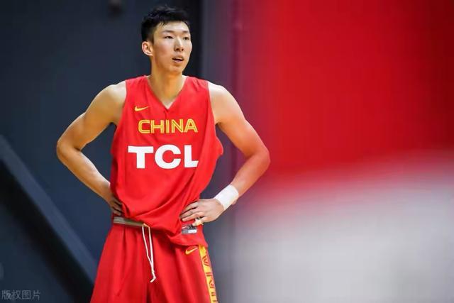 CBA现役五大巨人:身高全都超过2米2,一人冲击NBA,周琦未能上榜