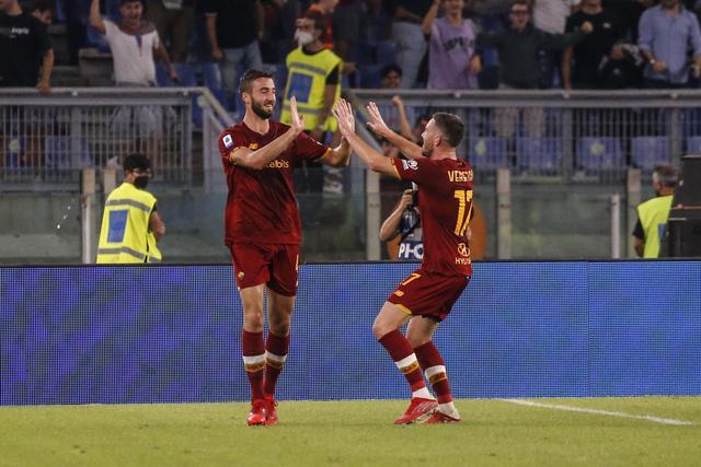 2-1,第91分钟绝杀!前中超巨星拯救罗马,穆里尼奥狂奔半场庆祝