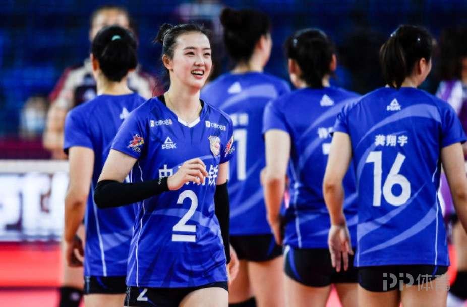 惠若琪:竞技体育有时很严酷 手动为江苏女排点赞