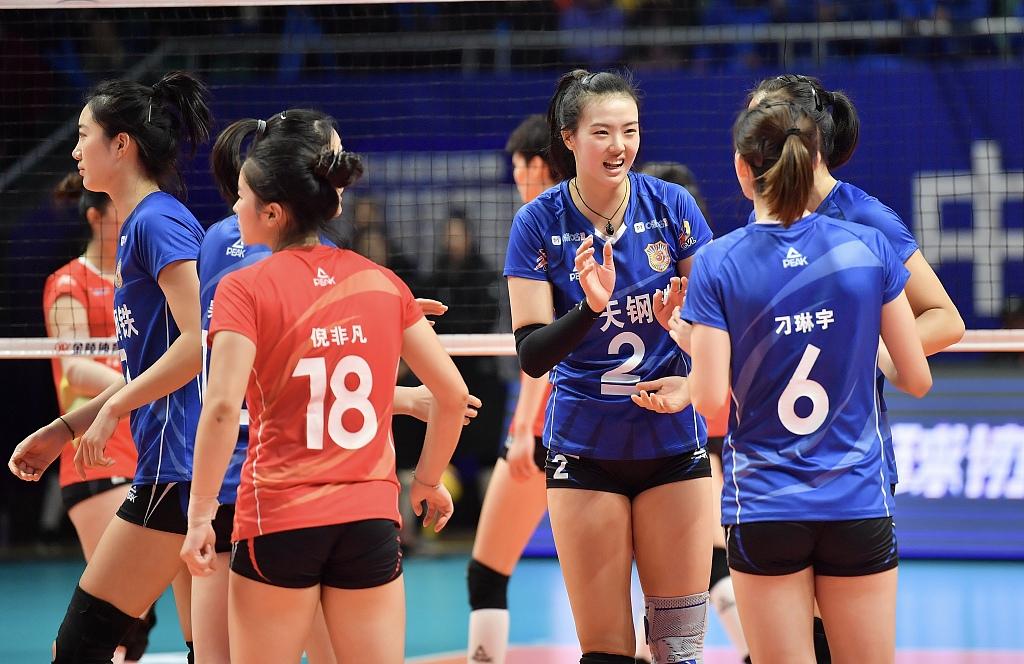 提前一轮确定下半区头名,与上海、北京均顺畅晋级四强