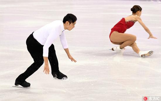 平昌冬奥花滑双人滑短节目,彭程在比赛中出现失误。