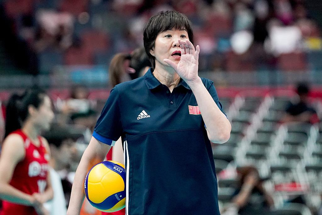 郎平承认带队至东京奥运会完毕 下一年1月新集训在京打开