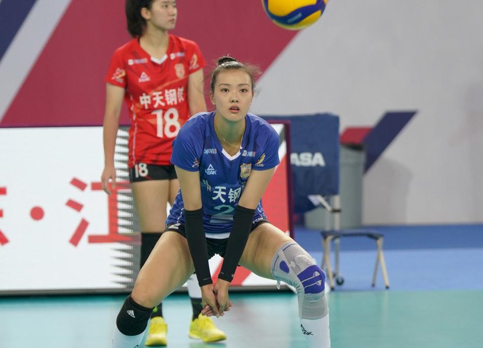 女排全锦赛:江苏3-0河北夺两连胜 张常宁龚翔宇体现亮眼