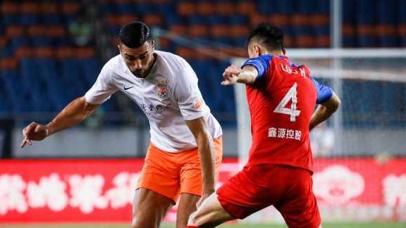 第13轮-王大雷造点佩莱助球队扳平 斯威1-1鲁能
