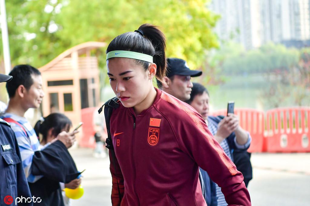 终于圆梦世界杯 她距离足球生涯完美只差90分钟