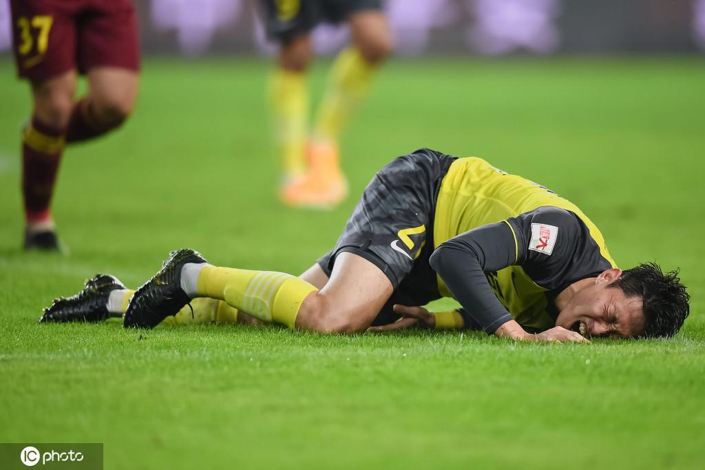 高准翼右膝韧带危害 大概率缺席恒大下轮比赛