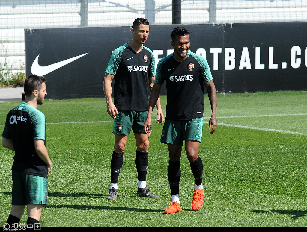 2020年欧洲杯预选赛小组赛第二轮的比赛将继续展开,c罗领衔的葡萄牙将图片