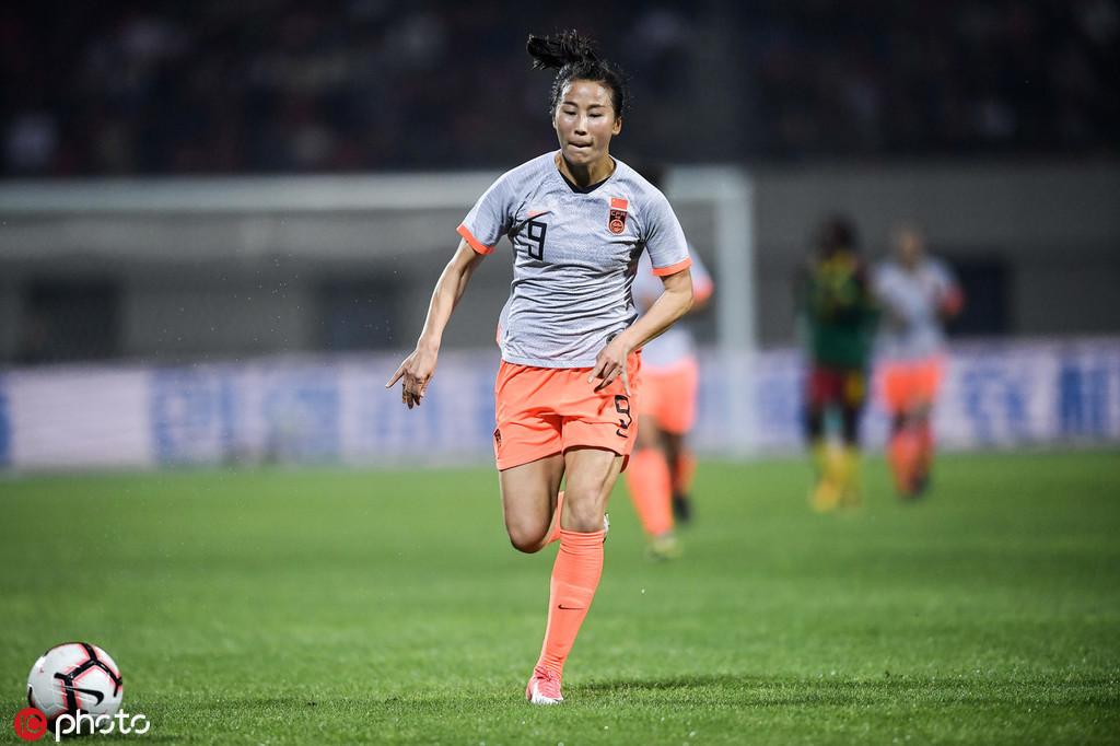 重伤四年后涅槃重生 前亚洲杯金靴亮相世界杯