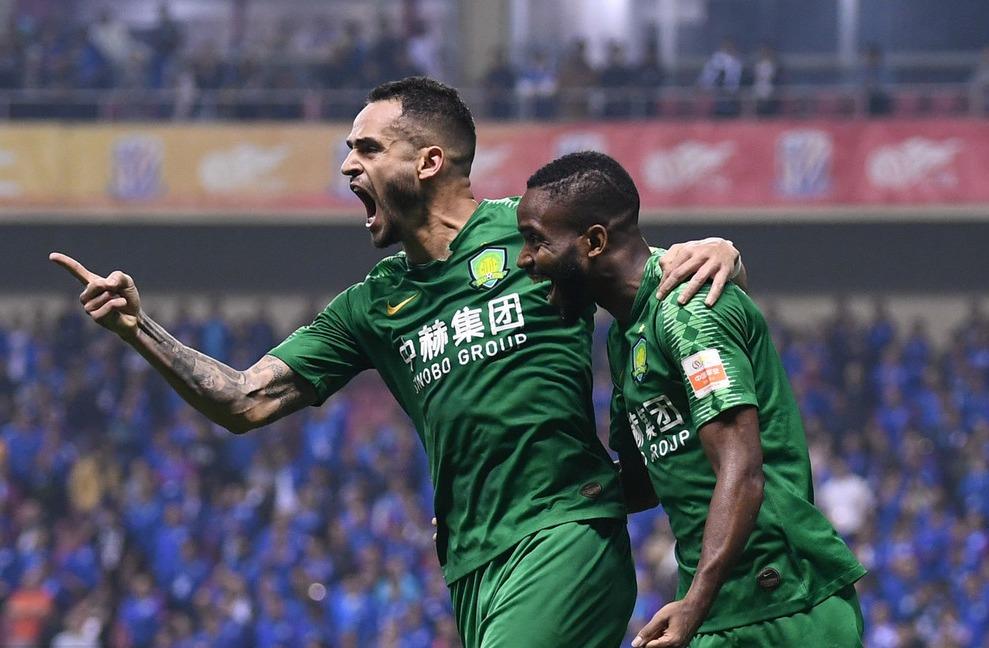 第28轮-巴坎布传射傲骨定胜球 国安2-1申花暂登榜首